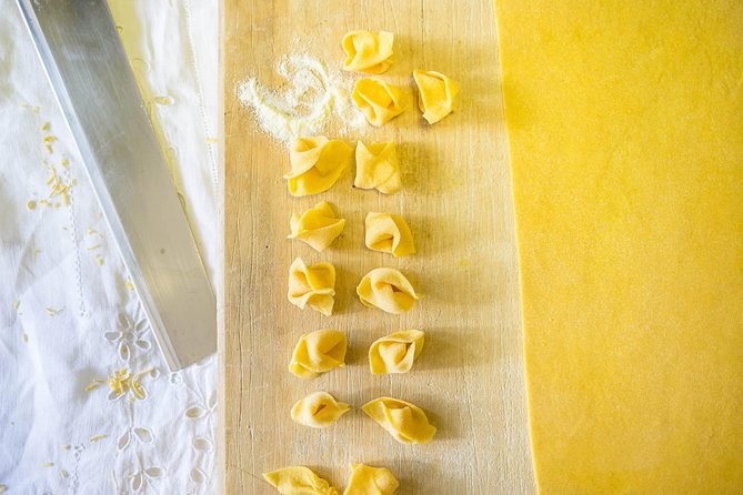 Share your Pasta Love: Small group Pasta and Tiramisu class in Ravenna, Ravenna, Itália