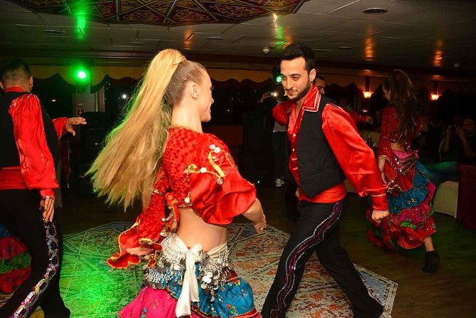 Turkish Night – Bosphorus Dinner Cruise With Dance Shows, Istambul, TURQUIA