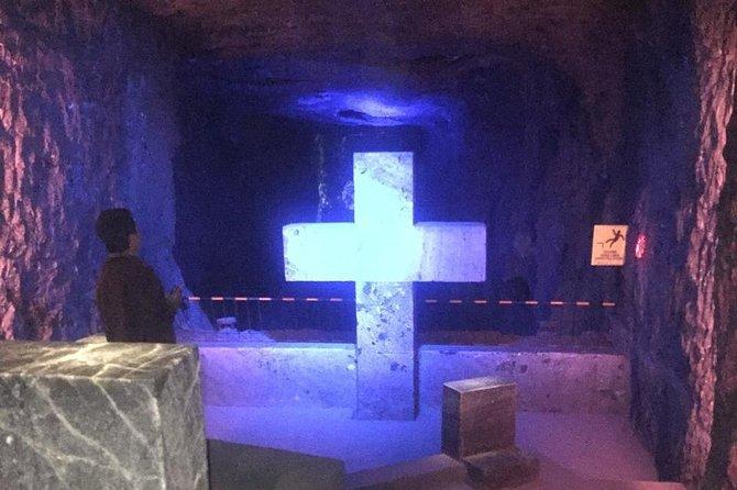 Tour COMPARTIDO a la Laguna de Guatavita y Catedral de Sal de Zipaquirá, Bogota, COLOMBIA