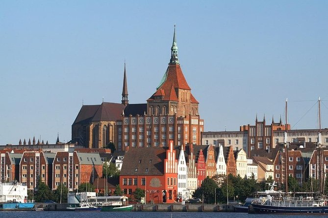 Private Shore Excursion: Rostock and Warnemuende by car, Rostock, ALEMANIA