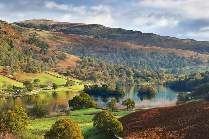 Take the scenic route! If you need to travel around the Lakes why not make each journey an adventure, our private hire vehicles will take you on a mini tour, a little longer than a taxi but much more enjoyable! Maximum of 4 guests per booking.<br><br>We have Professional, qualified drivers with high quality, clean vehicles. We offer transportation all around the Lake District so please ask for any further requirements.<br>