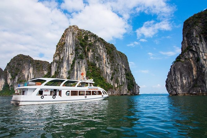 Ha Long Premium Cruise- Full Day with Expressway-Lunch-Explore Cave-Titop Island, Halong Bay, VIETNAM