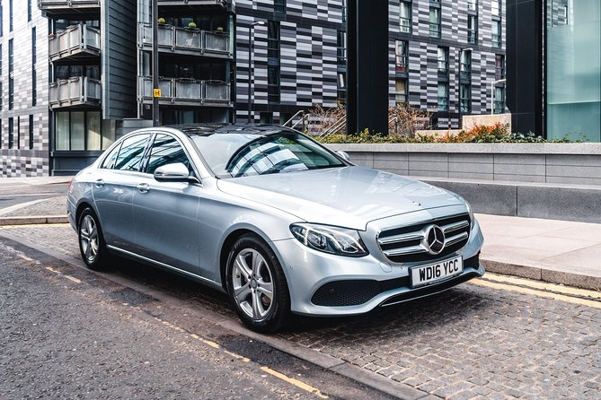 Enjoy a Luxury Private Transfer from Trump Turnberry to Glasgow with your own Chauffeur. <br><br>Your journey will be stress free and you will have no parking worries or expensive charges, the driver will load the vehicle and ensure you are comfortable before setting off. <br><br>When you arrive at your destination your driver will assist with luggage and ensure you are settled before departing.