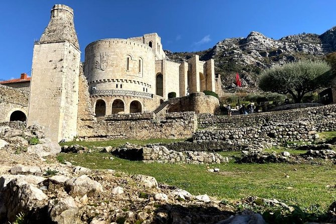 Traveling to Kruja is a very interesting trip because you will find out why Albanians are so proud of Skanderbeg. At the same time, from the peak of Sari Salltik is the opportunity to see almost half of the seacoast of Albania.<br><br>