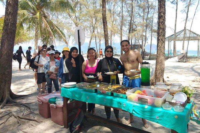 Excursión por 4 islas para ver un mar espectacular dividido en lancha motora o en barco de cola larga desde Krabi, Krabi, TAILANDIA