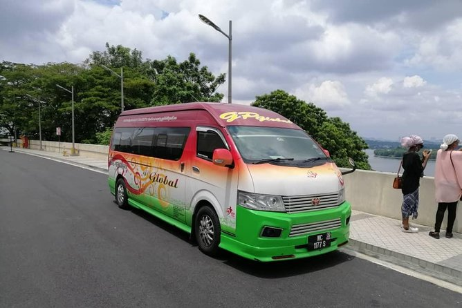 PICK-UP FROM LEGOLAND MALAYSIA THEME PARK / LEGOLAND MALAYSIA RESORT BY AN AIR-CONDITIONED VEHICLE WITH ENGLISH SPEAKING PROFESSIONAL DRIVER AND DROP-OFF AT KUALA LUMPUR INTERNATIONAL AIRPORT (KLIA1 / KLIA2).