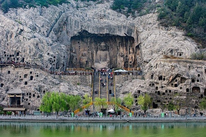 Private Luoyang Day Tour:Longmen Grottoes&Shaolin Temple and White Horse Temple, Luoyang, CHINA