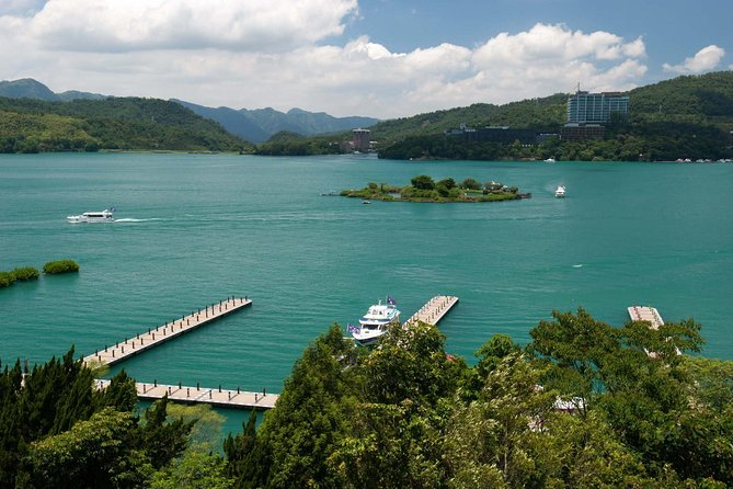 3 Days Sun Moon Lake and Alishan Tour (daily tour ), Taipei, TAIWAN