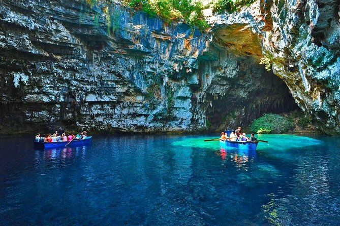 It is the best way to see the highlights of Kefalonia Island, specially created for the cruise liners they will have limited time on the island.<br>Best value for money tour.