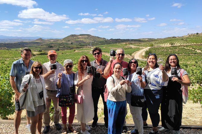 La Rioja winery visit with tasting and traditional lunch in small group tour, Pamplona, ESPAÑA