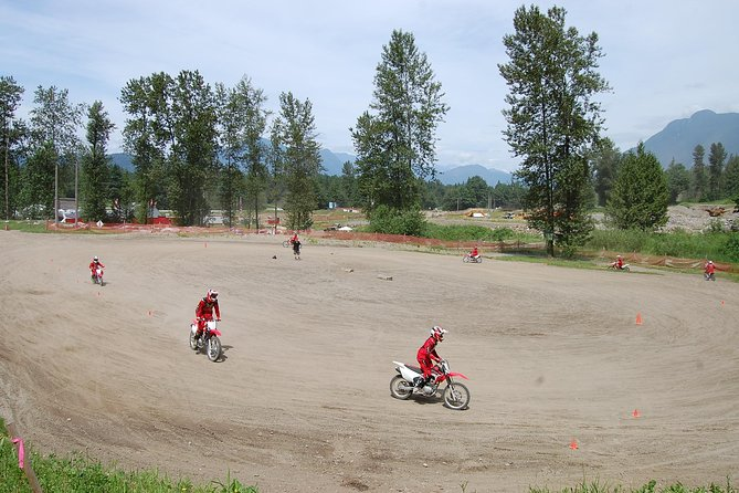 Red Rider Introduction - Learn to dirt bike lesson, Fraser Valley, CANADA