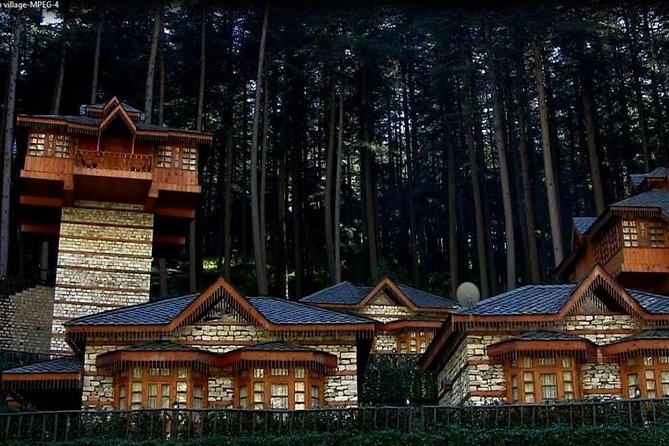 This Kasol campsite lies on the banks of the Parvati river, in the midst of greenery and mountains. Each machan cottage has a cosy, fairy-tale like vibe, with a steeply slanting roof, wooden flooring, and stone walls. You'll have to climb the stairs to the top of the platform to get to your machan. Kids will enjoy staying in these cottages, but grown-ups will enjoy the splendid views, the rustic feel of the Himachali-style woodworked furniture, and the comfortable interiors. The campsite comes with a multi-cuisine restaurant, well-stocked bar and fully equipped spa to ensure that your stay is nothing less than luxurious.<br><br>Highlights<br>Sign up for a fun machan cottage stay in this Kasol campsite. <br>Go out to explore Kasol, or take a walk by the river. <br>Stay in comfortable wooden cottages and enjoy the luxuries at camp.