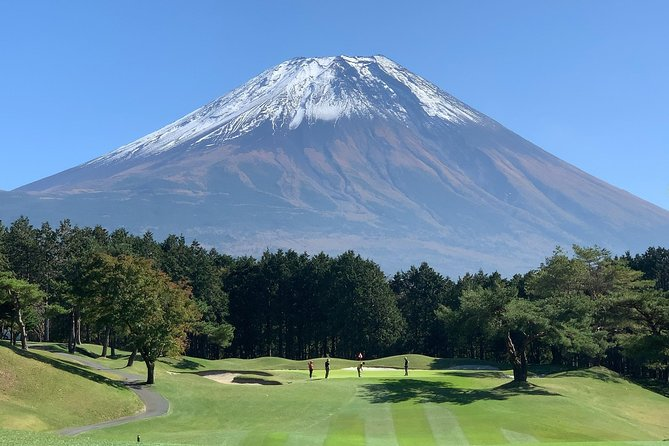 This 2-day tour is for golf lovers. Enjoy playing golf with a great view of Mt. Fuji. Before playing golf, explore the highlights of Fujinomiya town, the gateway to Mt. Fuji. Join a self-guided tour at the main shrine of Mt. Fuji, Mt. Fuji World Heritage Centre and Shiraito falls which spring water from Mt. Fuji gushes out.