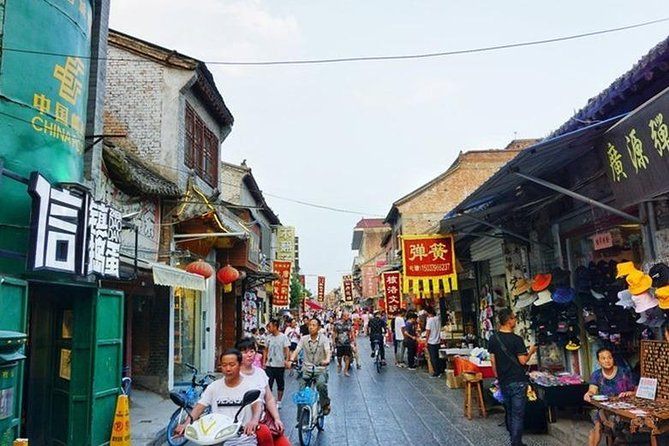Luoyang Museum and Luoyang City Private Day Tour, Luoyang, CHINA