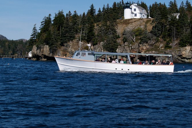 The Sea Princess offers a variety of professionally narrated trips daily out of Northeast Harbor. We cruise in calm and protected waters to ensure a comfortable trip for everyone. Cruise the Acadia area and discover the natural beauty of the National Park, with views of lighthouses, basking harbor seals, mountains, cliffs, and more!