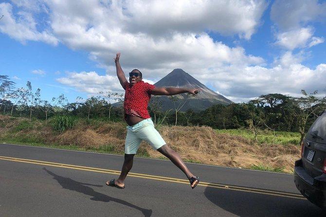 Costa Rica de la mano de un local en transporte de lujo, Limon, COSTA RICA