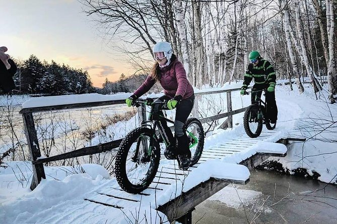 On this tour, you can enjoy the pleasures of winter in a whole new way, This electric powered bike is specially built to traverse the winter terrain for a truly unique experience through the trails of Mont-Tremblant. Wind through the forest enjoying the beautiful landscapes.