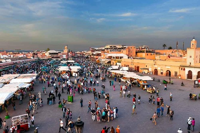 Overnight in Marrakech via Essaouira, Agadir, MARRUECOS