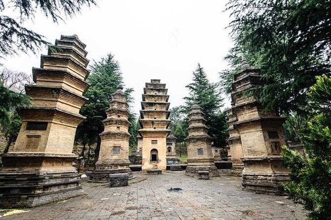 2-Day Amazing Luoyang and Xi'an Private Tour including Bullet Train, Luoyang, CHINA