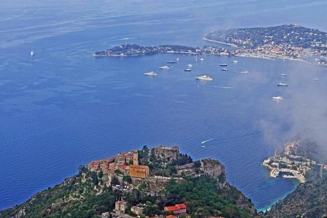 This is our most popular shore excursion from Nice seeing the stunning Monte Carlo and the French Riviera.  Avoid the large groups with our small group tour (maximum of 8 people).