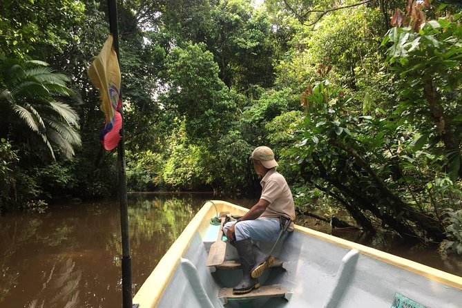 This paddling expedition takes place in the Yasuni National Park, the heart of the Ecuadorian Amazon. A natural wonder and immensely diverse, it is home to many different species of mammals, birds, reptiles, and amphibians. Let us take you on a one-of-a-kind and off-the-beaten-path adventure. Paddle in search of wildlife, hike into the pristine forest, be sung to sleep by the gentle sounds of frogs, and awaken to bird calls, all of this while sharing time with a local indigenous community. Help us practice sustainable travel and encourage locals to protect their environment from mining and deforestation, by booking this trip you are contributing to projects for the school of the Kichwa community. Enjoy the amazon with our 5 day Yasuni Kayak Exploration tour!