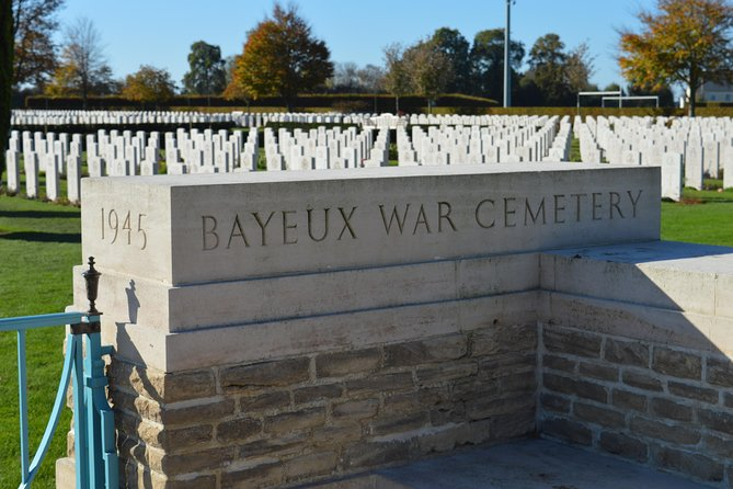 Private guided Allied D-Day Tour from Bayeux, Monte Saint-Michel, FRANCIA