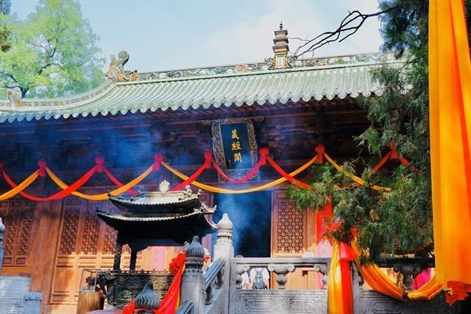 Private Amazing Tour to Shaolin Temple from Luoyang, Luoyang, CHINA