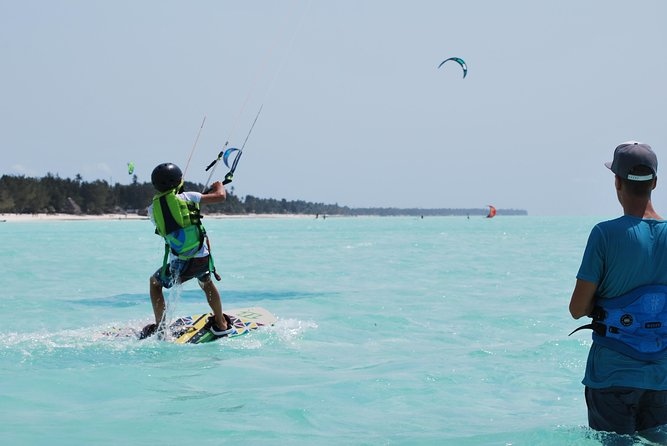 Learn to kite now! Full beginner course!, Puerto del Rosario, ESPAÑA