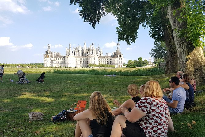 Chambord & Chenonceau Small-Group Tour including a Family-Owned Chateau, Loire Valley, FRANCIA