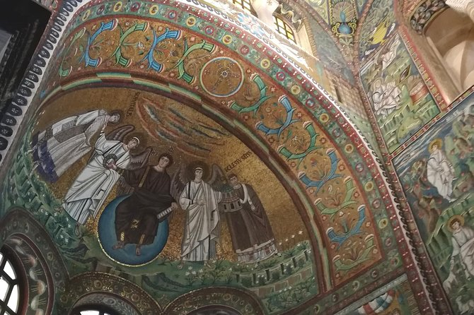 Private Guided Tour with Native guide of Top Sites & Ancient Mosaics of Ravenna, Ravenna, Itália