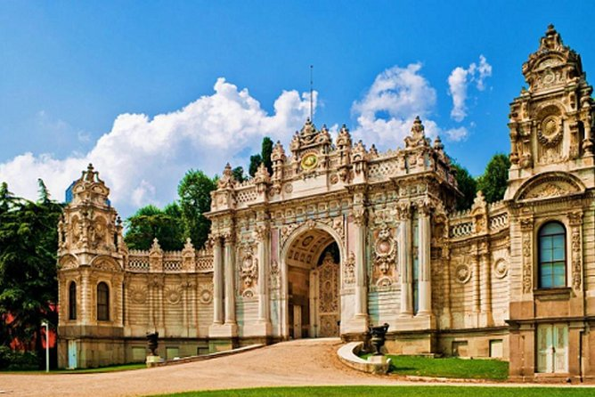 Dolmabahce Palace Tour in Istanbul, Estambul, Turkey