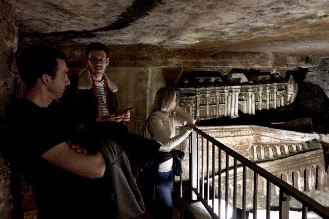 Catacombs of Paris Semi-Private VIP Restricted Access Tour, Paris, FRANCIA