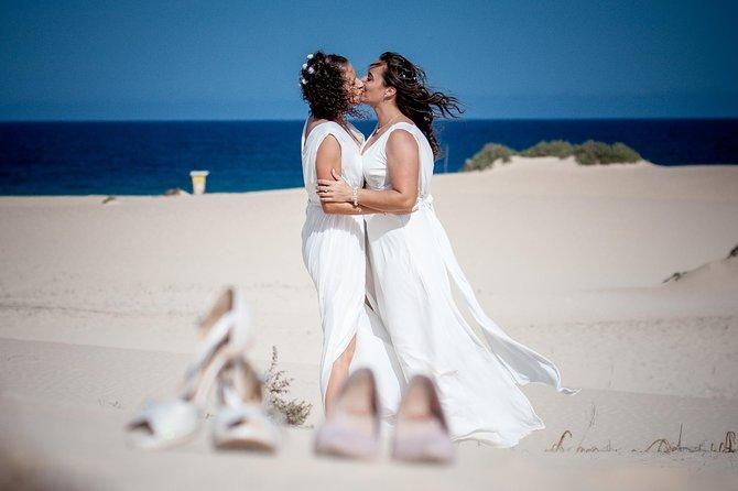 Private & Fun Photoshoot in the Dunes of Corralejo | Fuerteventura, Fuerteventura, Spain