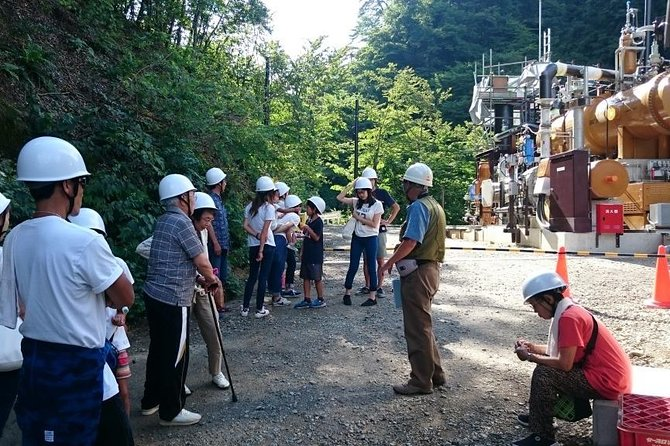 You can learn about renewable power at Tsuchiyu Onsen Hot Spring located within the national park.<br>Enjoy a tour of a binary geothermal power plant utilizing hot spring heat, then have lunch and a bath at a traditional hot spring inn.<br>