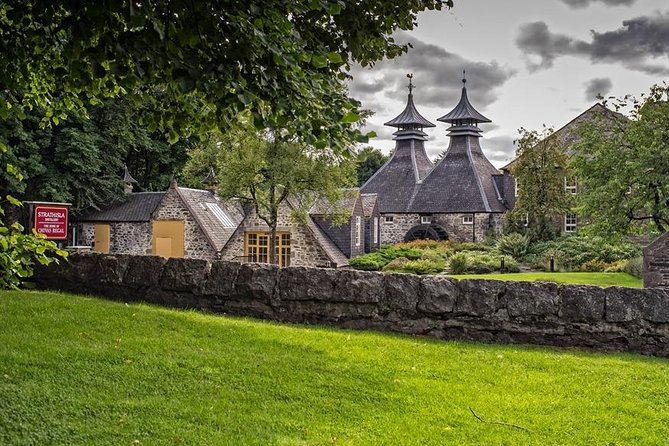 Whether you're a whisky lover or a whisky learner, you're bound to get a taste for it in the beautiful region of Speyside.<br><br>Home to around 50% of all Scottish whisky distilleries, there's almost too much to see and drink. So on this tour, we help you get the most out of the region by taking you to two distinct distilleries. It's a chance to learn about the incredible history, process, and flavours of Scotland's national drink.