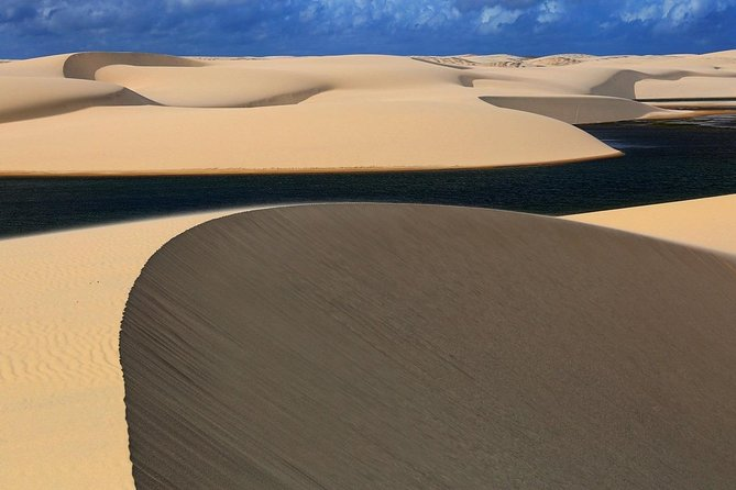 This tour is one of the most breathtaking trips one can do in Brazil. It will take you through three different states in the north-east of Brazil, from Maranhão and Piauí to Ceará. You will have a chance to walk barefoot through an unbelievably beautiful landscape of million dunes and lagoons in the national park of Lençóis Maranhenses, enjoy the peaceful atmosphere of fishing villages, try wind-based watersports and experience the charming culture of the North-East of Brazil. You can start in either São Luiz or Fortaleza, and we will adjust the trip depending on the place of arrival.