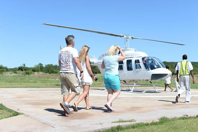 Victoria Falls Helicopter flight 12-15 Minutes, Cataratas Victoria, ZIMBABUE