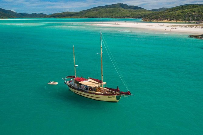 2-Day Whitsundays Sailing Adventure: Summertime, Airlie Beach, AUSTRALIA