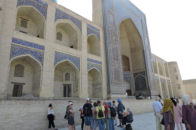 Our Tour Highlights of Uzbekistan was designed for all those who want to have a deep immersion into the cultural and historical heritage of Uzbekistan. With the help of our professional guides, you will reveal the secrets of the Great Silk Road, stroll around Tashkent, admire the antiquity of Samarkand and Bukhara, visit Kyzyl Kum desert and taste local bread, sweets, snacks and unusual dishes. Just get acquainted with the detailed itinerary below and send us your request, and our professional managers will start your trip organization.<br><br>