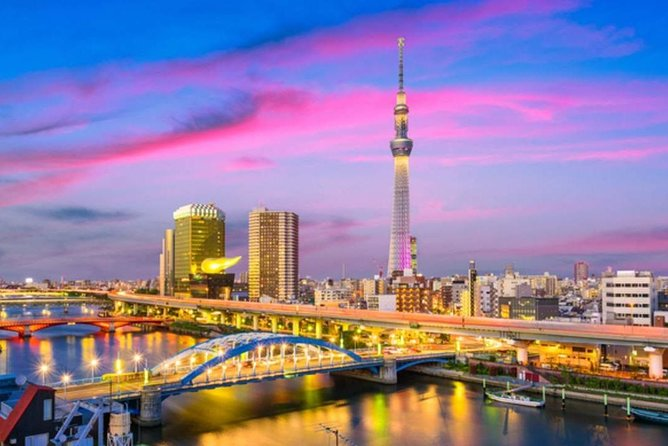 Ever wondered what it feels like to be on top of the world - or, at least on top of the tallest building in Tokyo? Turn your dreams into reality when you visit the newest landmark in town, the TOKYO SKYTREE.<br><br>- Enjoy an essential Tokyo experience from the tallest building in Japan, the Tokyo Skytree tower, standing at 634m tall!<br>- Climb up to the Tembo deck 350m above ground and enjoy the spiraling skywalk 450m high at the Tembo Galleria<br>- Book your Tokyo Skytree tickets and see the cityscape with panoramic views like no other<br>