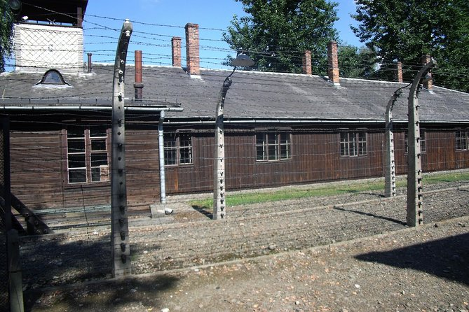 Auschwitz Tours Memorial and Museum Guided Tour from Krakow, Cracovia, POLÔNIA