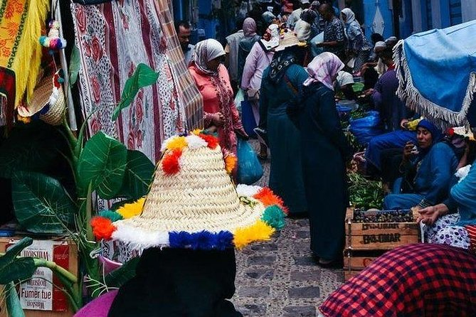 From FES to CHEFCHAOUEN day tour - BEST local experience | Shared Group Tour, Fez, MARROCOS
