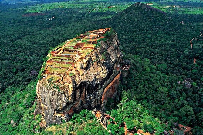 Dambulla and Sigiriya Private Day Tour, Sigiriya, Sri Lanka