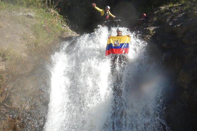 Barranquismo en Baños Cascada Chamana 20,00 USD, Baños, ECUADOR