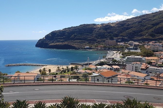 Madeira: Private Transfer to or from Machico, Funchal, PORTUGAL