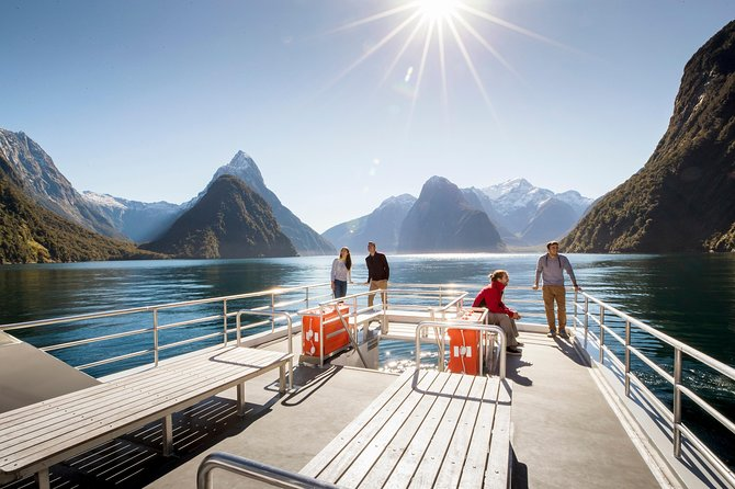 If you're looking for an experience that's truly authentic, more insightful and completely personal – this is it!This all-inclusive trip is the longest and best value cruise experience. It includes your choice of Nature, Encounter Nature or Scenic Cruise, a visit to the Milford Sound Underwater Observatory and a tasty picnic lunch or buffet lunch.