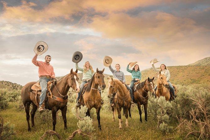 MÁS FOTOS, Scenic Horseback Adventure