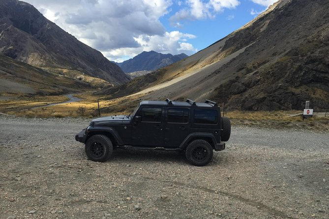 Travel over a high country pass and experience high country views on this private tour, an experience not to miss!