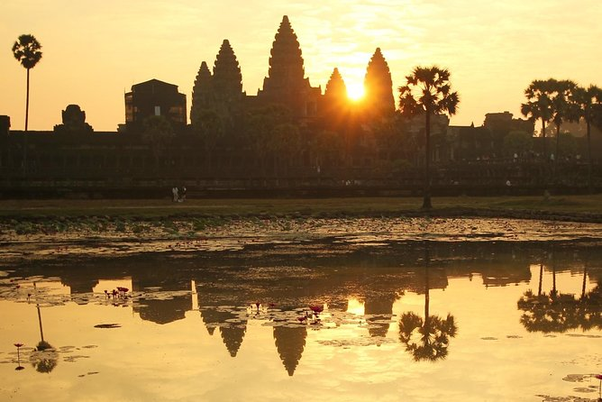 MÁS FOTOS, Vintage Jeep Tour: Angkor Wat Sunrise Explorer