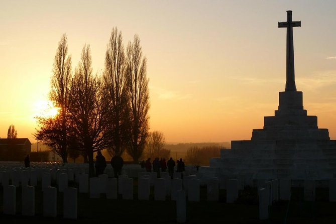 This tour is for guests that want to start their battlefield tour of Ypres from towns and cities further afield, for ex Bruges, Ghent, Kortijk, Dunkirk, Lille, Arras<br><br>A unique 1 to 1 private tour, With all the stops added together we cover 53 miles / 90 KM's of battlefield sites and memorials <br><br>This tour covers the Ypres Salient from Messines to Passchendaele spanning 1914 to 1918, we follow the Australian/Canadian/New Zealand/ South African/ British soldiers as they attacked towards Passchendaele in 1917, if you have ancestors that fell in the battle I will tailor the tour where possible to include them<br><br>Last Post Ceremony at 20.00 hrs then return to Brugse hotel<br><br>Minimum x2 guests Max x5 Not a private tour but small group size max 5